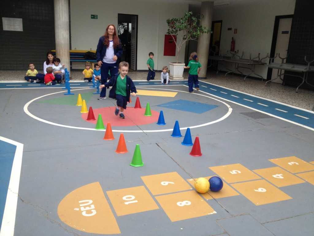 Circuito Juegos Para Niños : Infantil participa de circuito para trabalhar a